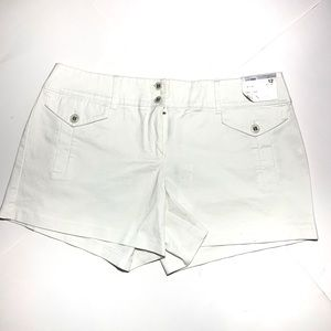 New York & Company White East Village Shorts NWT